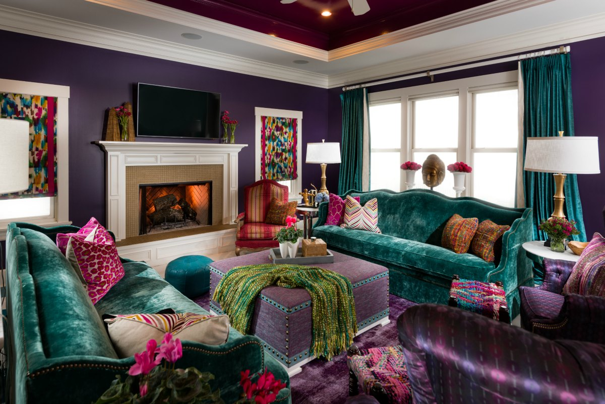 3 Thoughtfully Colorful Living Rooms